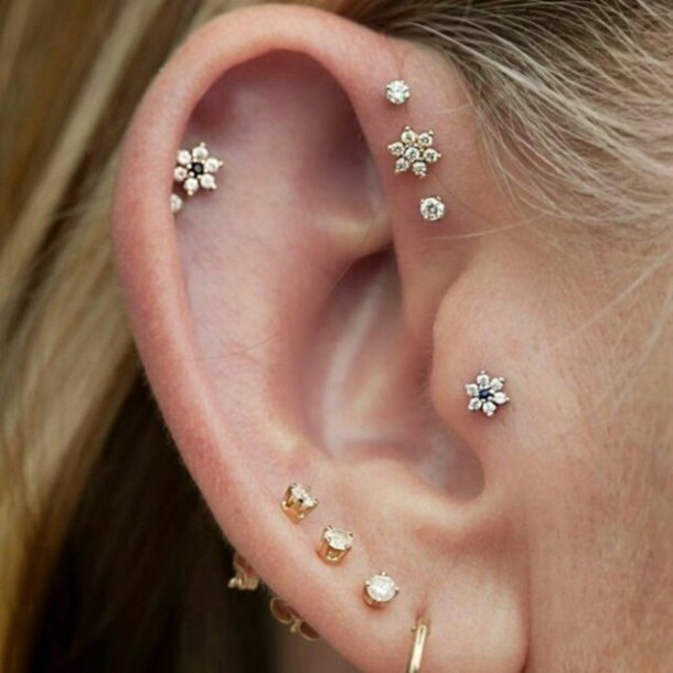 Tragus Piercing: Facts, Precautions, Aftercare, Pictures | Body ...