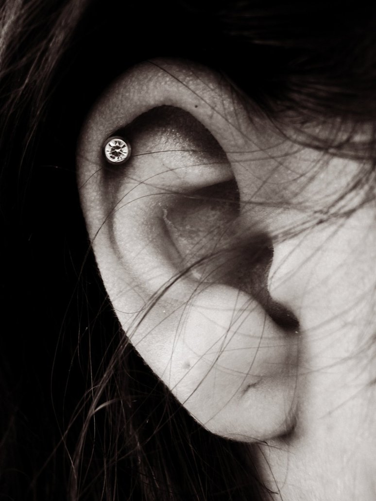 Cartilage Piercing: Facts, Precautions, Aftercare ... Ear Piercings Cartilage
