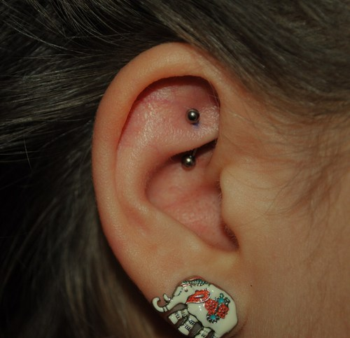 ear piercing rook -#main
