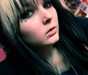 Anti-Eyebrow Piercing Information, Healing, Cost, Pictures ...