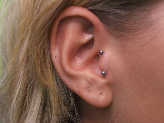 Vertical tragus piercing Pain, Jewelry, Pictures | Body ... Ear Piercings Anti Tragus