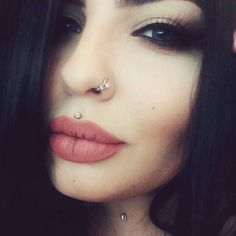 Medusa Piercing Diamond