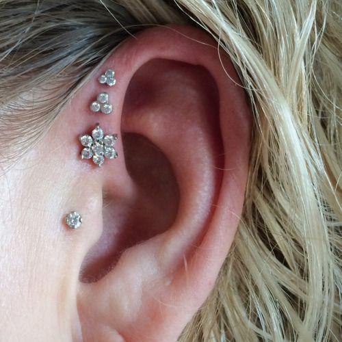 triple ear lobe piercing pain aftercare jewelry price body piercing magazine. Black Bedroom Furniture Sets. Home Design Ideas